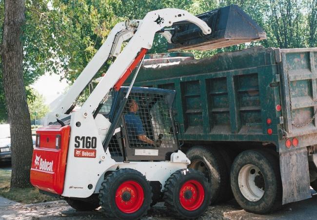 Погрузчик Bobcat идеален в городских условиях